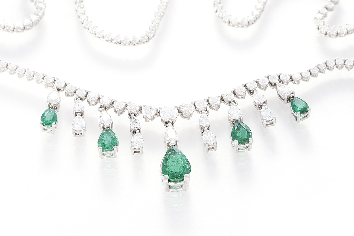Sussex photography, commercial jewellery photography, photoshoot, necklace