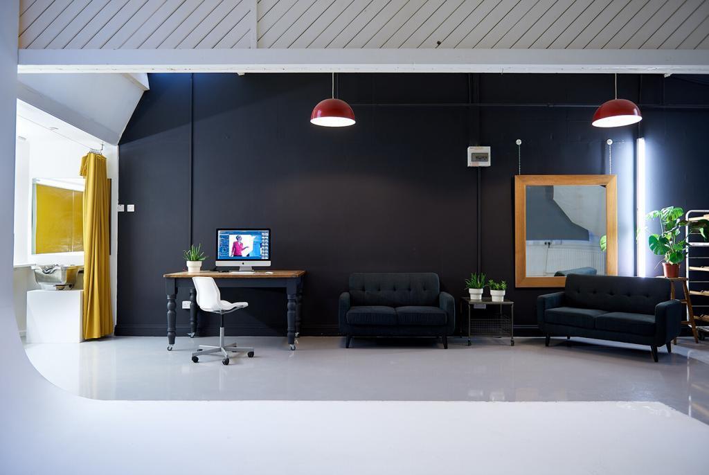 Unit 7 Interior small brighton photography studio to rent sussex UK